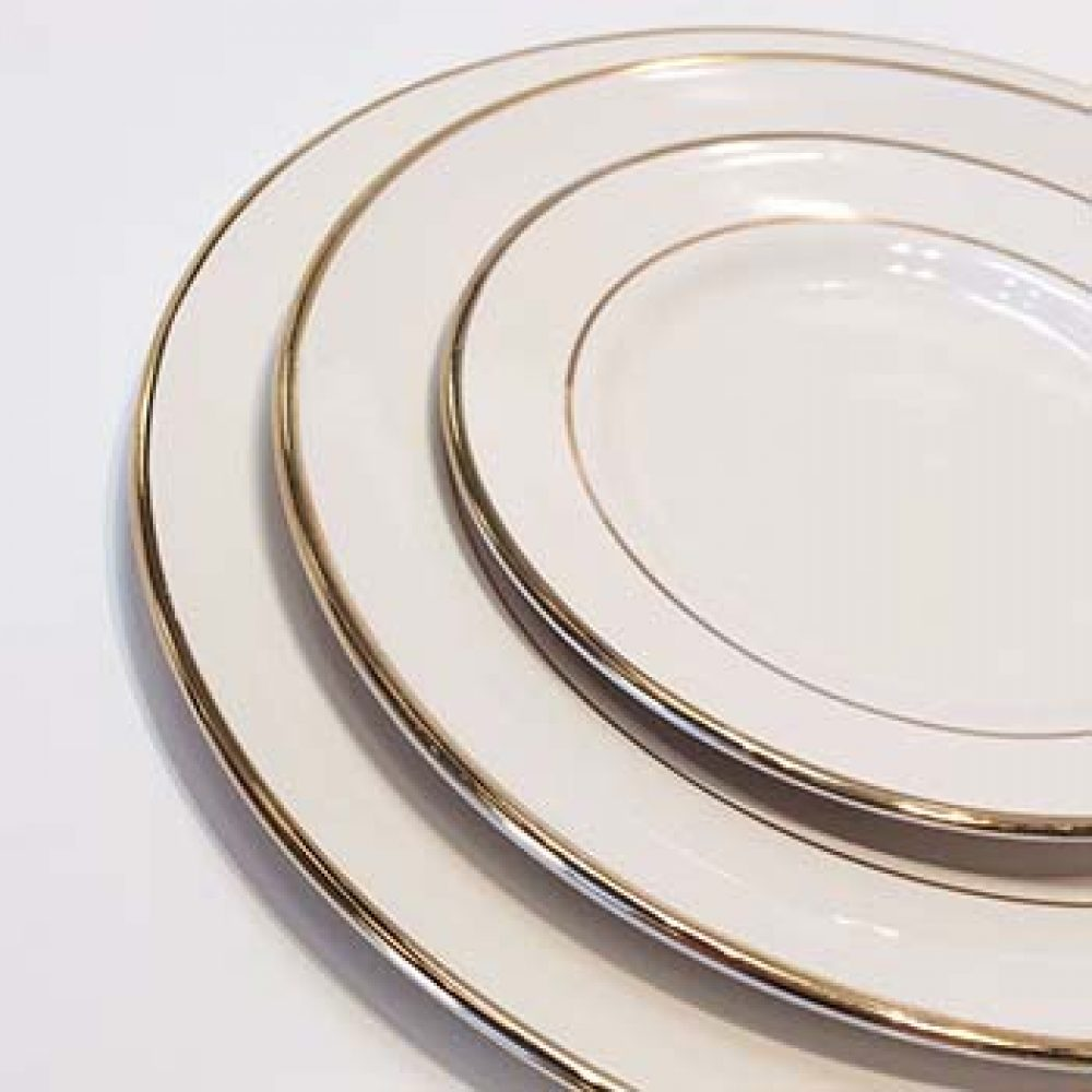 Gold Rimmed Dinner Plate  sc 1 st  Whatu0027s the Occasion Linens : gold rimmed dinner plates - pezcame.com